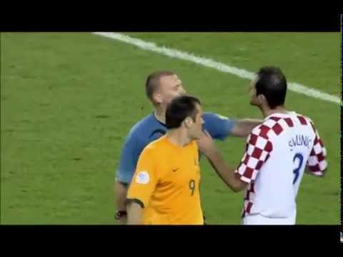 Referee gives 3 yellow cards to a single player
