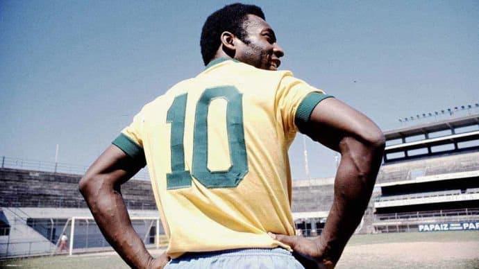 Pele in number 10 jersey