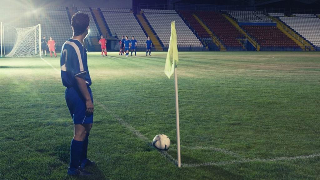 player taking corner kick