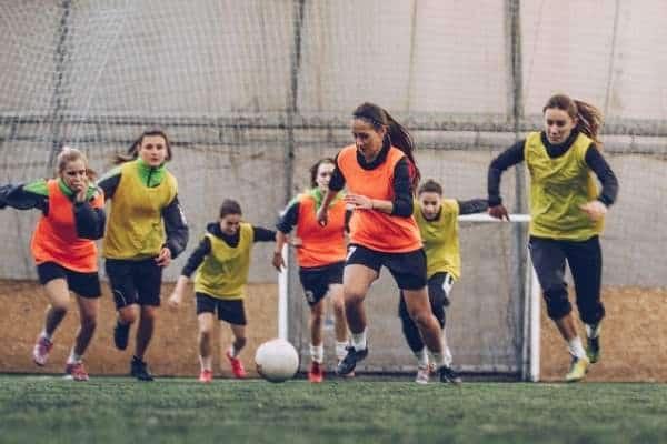 defensive midfielder